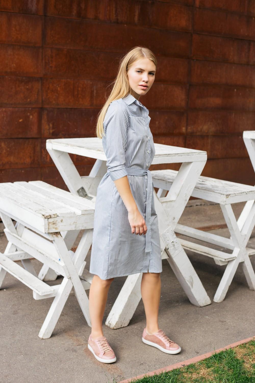 Платье-рубашка в  полоску с поясом #AS032, серо-белый