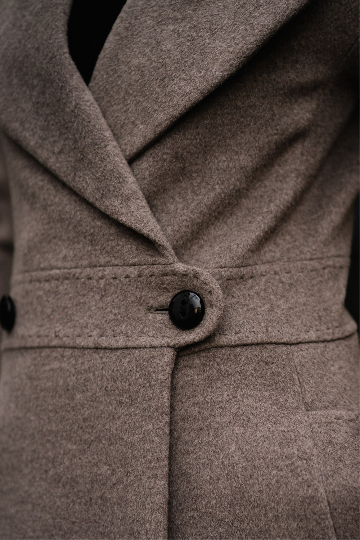 Приталенное пальто А-силуэта #AS51